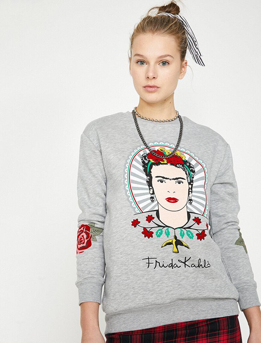 Frida Kahlo Licensed Printed Sweatshirt