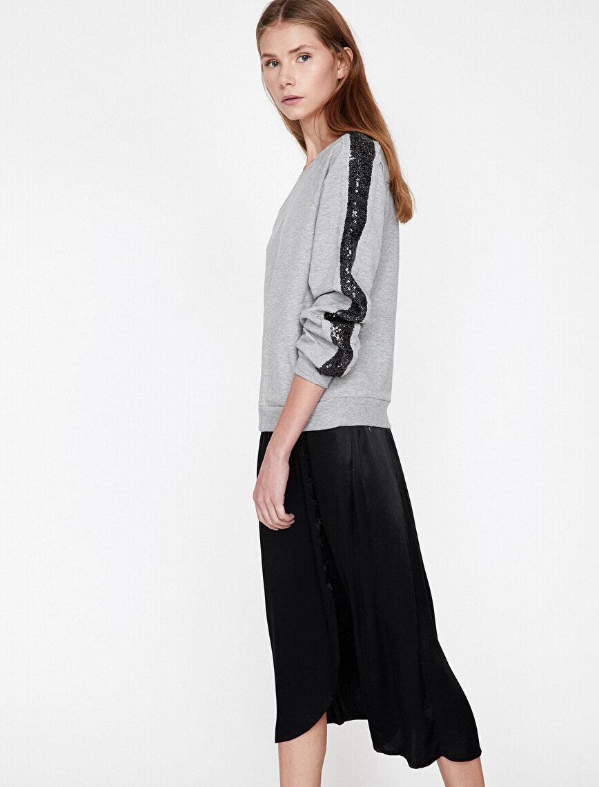 Boncuk İşlemeli Sweatshirt