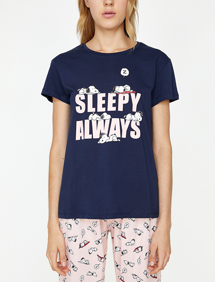 Snoopy Printed Pyjama Set