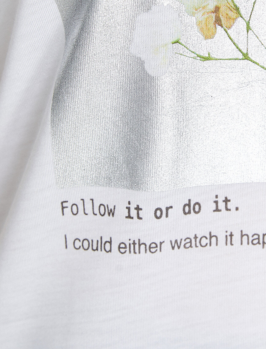 Parlak Baskı Detaylı Kısa Kollu Tişört