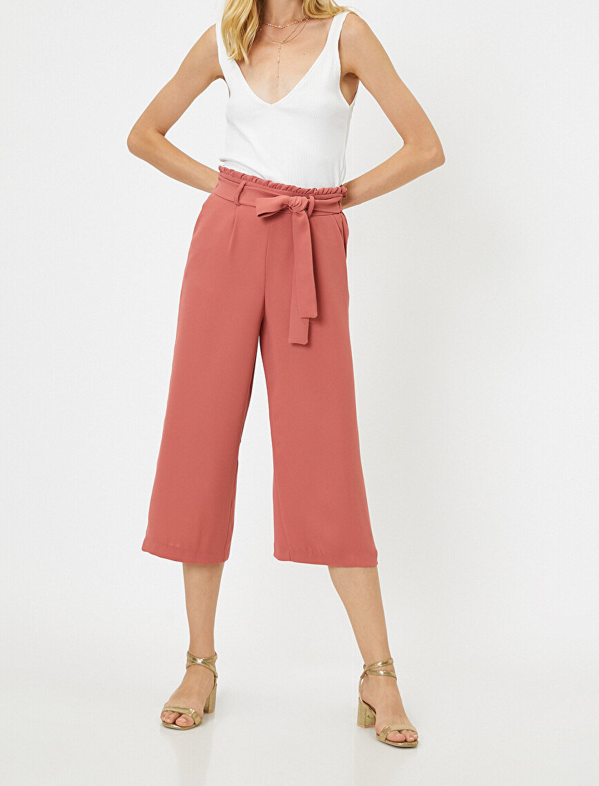 Tie Waist Detailed Trousers