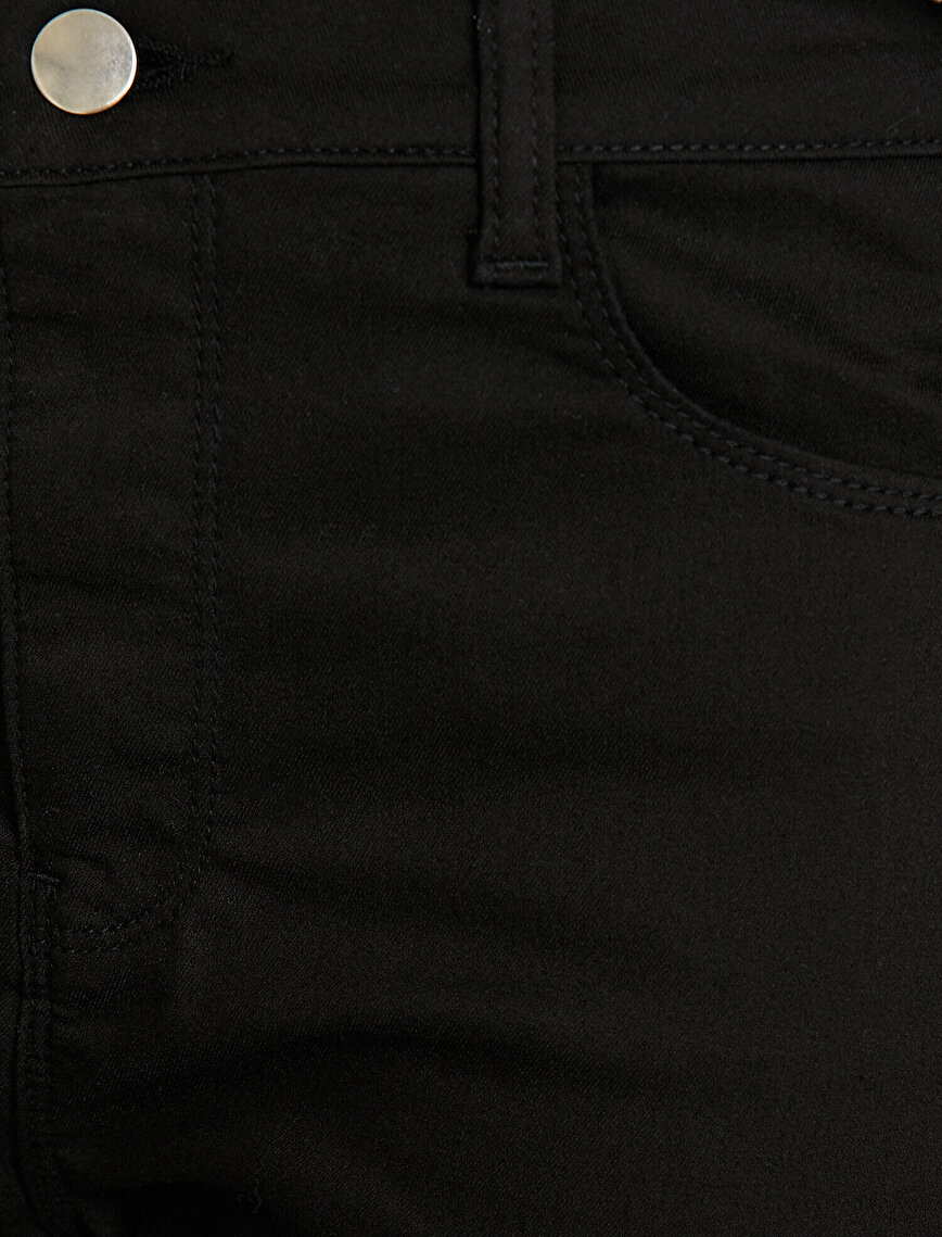 Banded Detailed Trousers