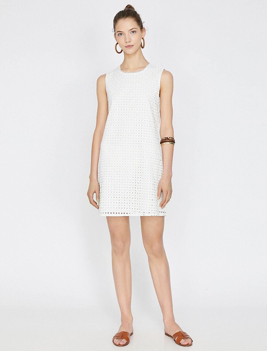File Detaylı Elbise