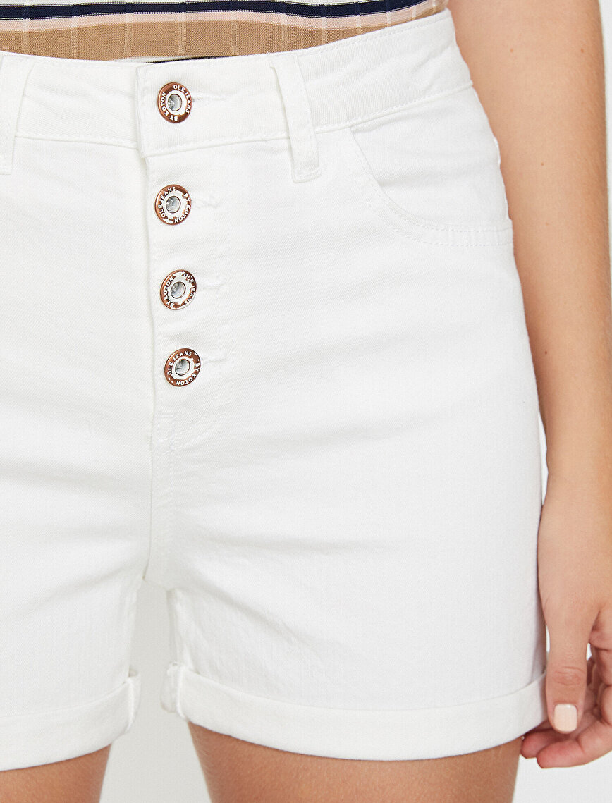 Button Detailed Jean Short