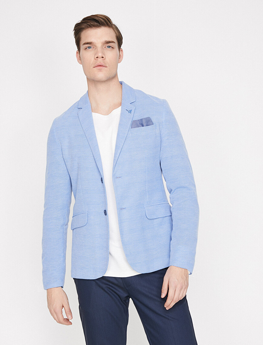 Button Detailed Blazer