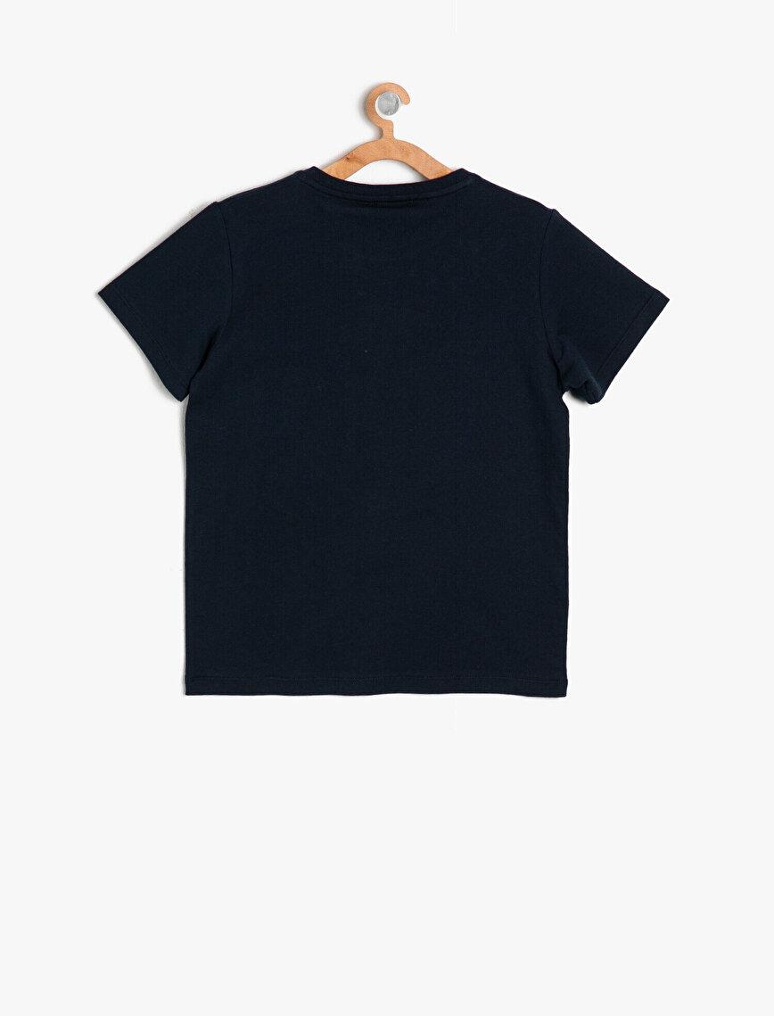 Emoji Lisanslı Pul Detaylı T-Shirt