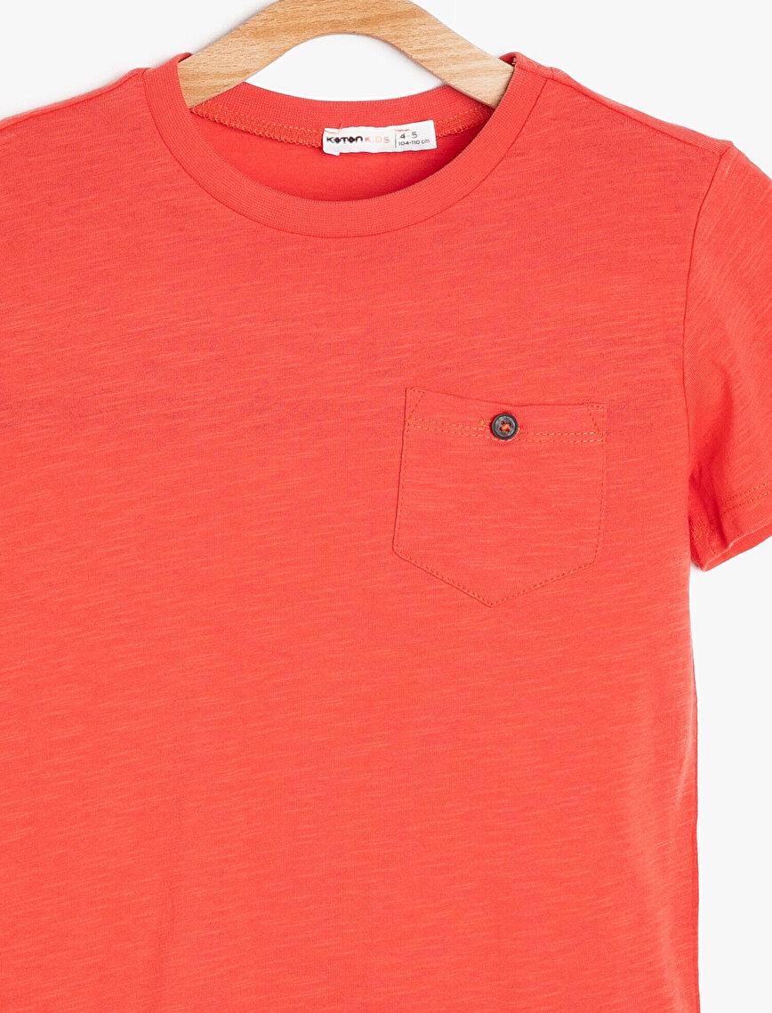 Pocket Detailed T-Shirt
