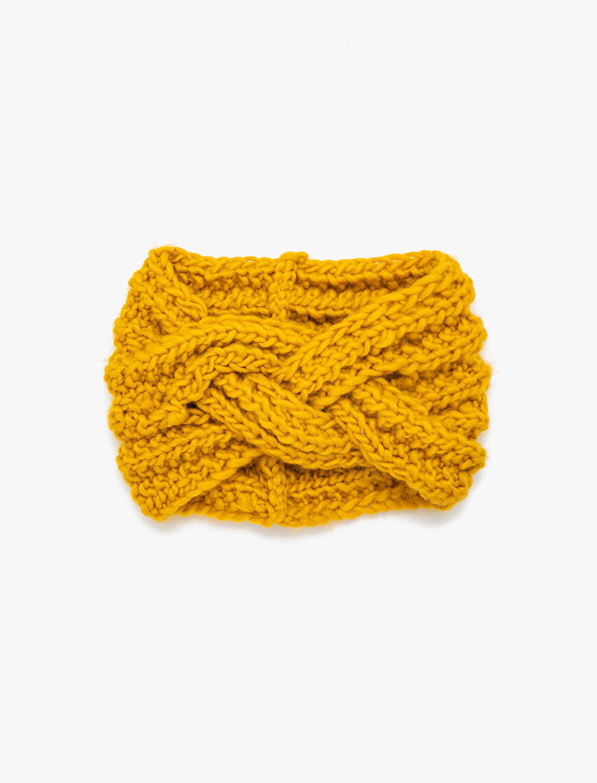 Knitted Clasp