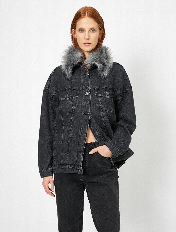 Yakası Kürklü Jean Ceket
