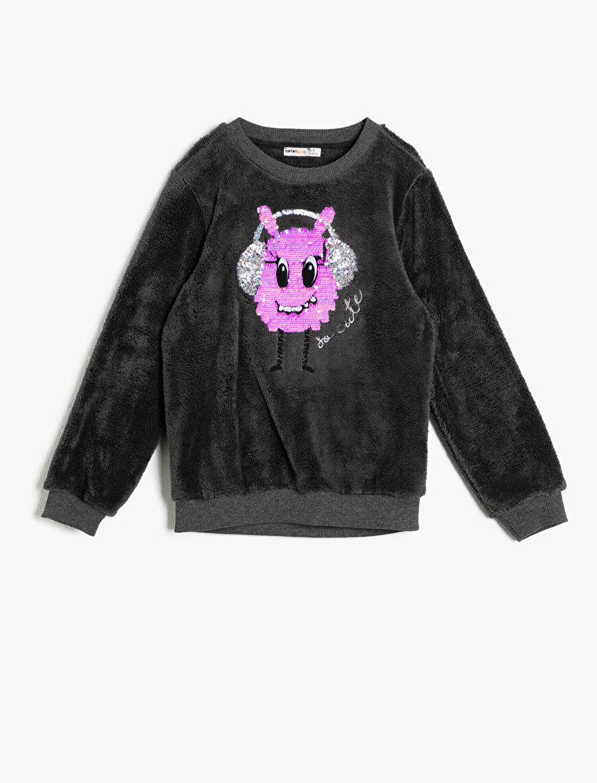 Pul Detaylı Sweatshirt