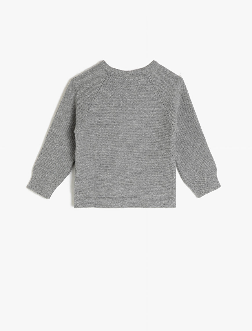Button Detailed Sweater