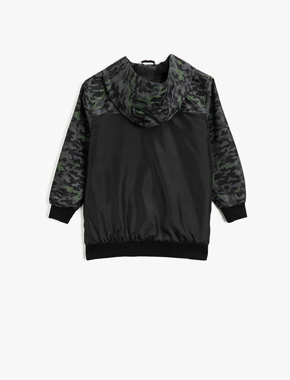Hooded Camouflage Patterned Pocket Letter Printed Coat