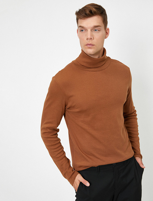 Boğazlı Uzun Kollu Basic T-Shirt
