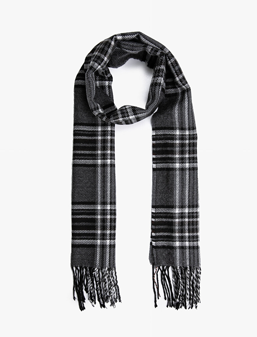 Tasseled Check Scarf