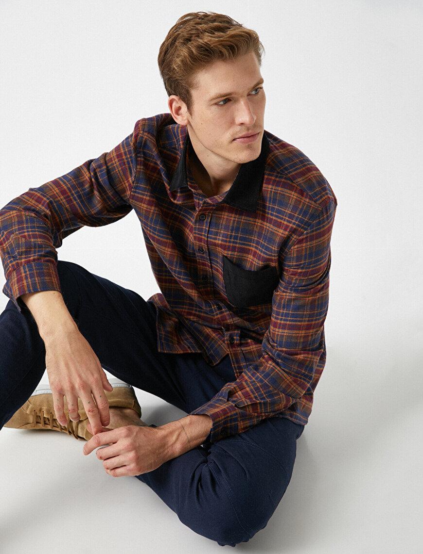 Pocket Detailed Classic Collar Check Shirt