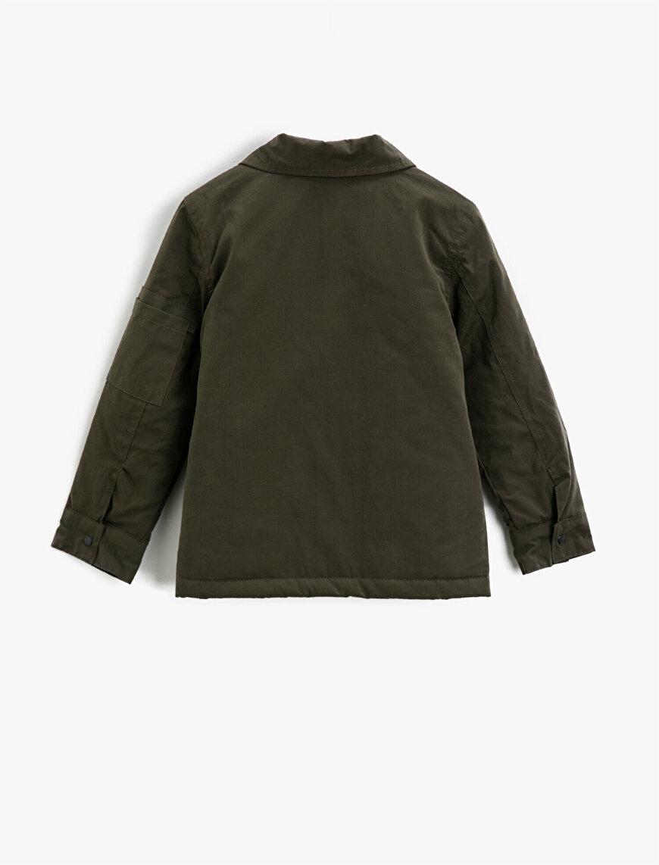 Düğmeli Cepli Gömlek Yaka Kaban