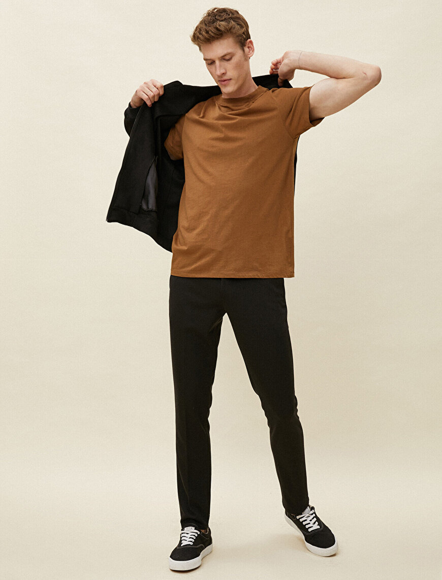 Pocket Detailed Slim Fit Chino Trousers