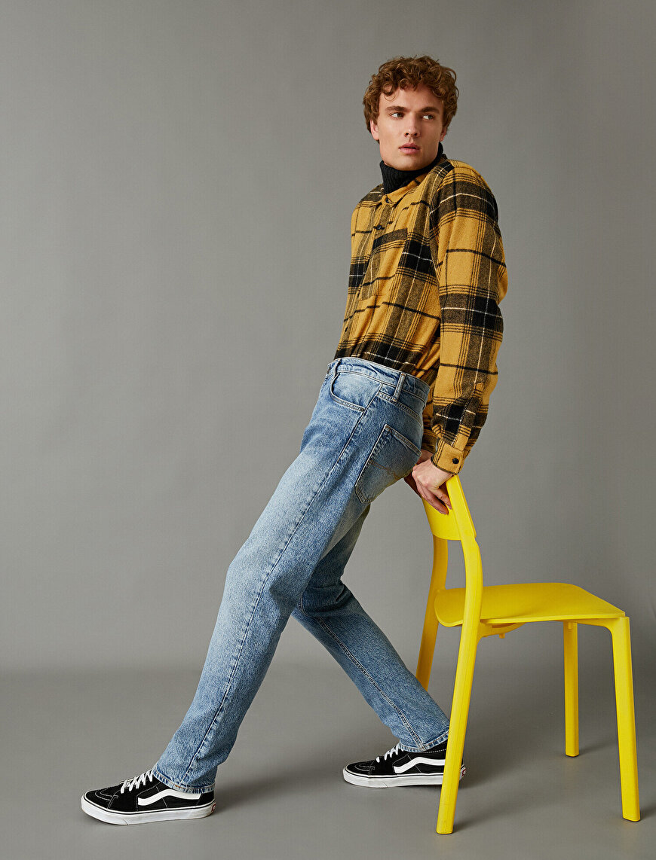 Joe Tapered Jeans
