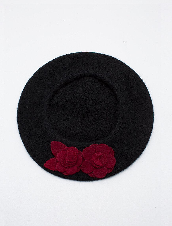 Çiçek Detaylı Şapka