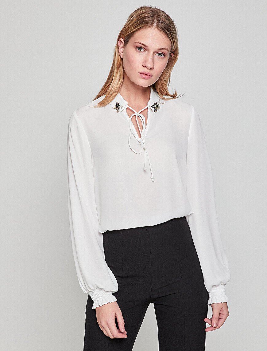 Collar Detailed Blouse