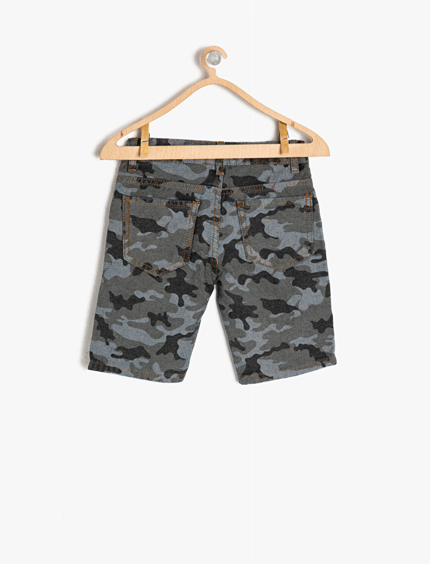 Camouflage Patterned Jean Shorts