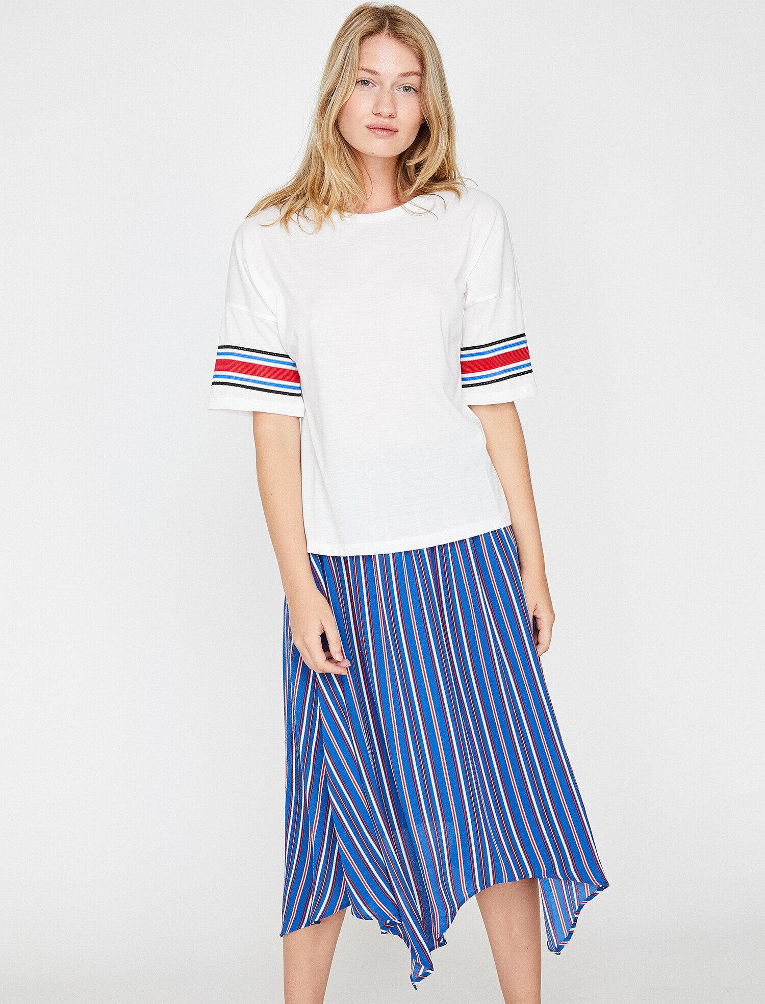 Koton Kadın Kol Detayli T-Shirt Beyaz Ürün Resmi