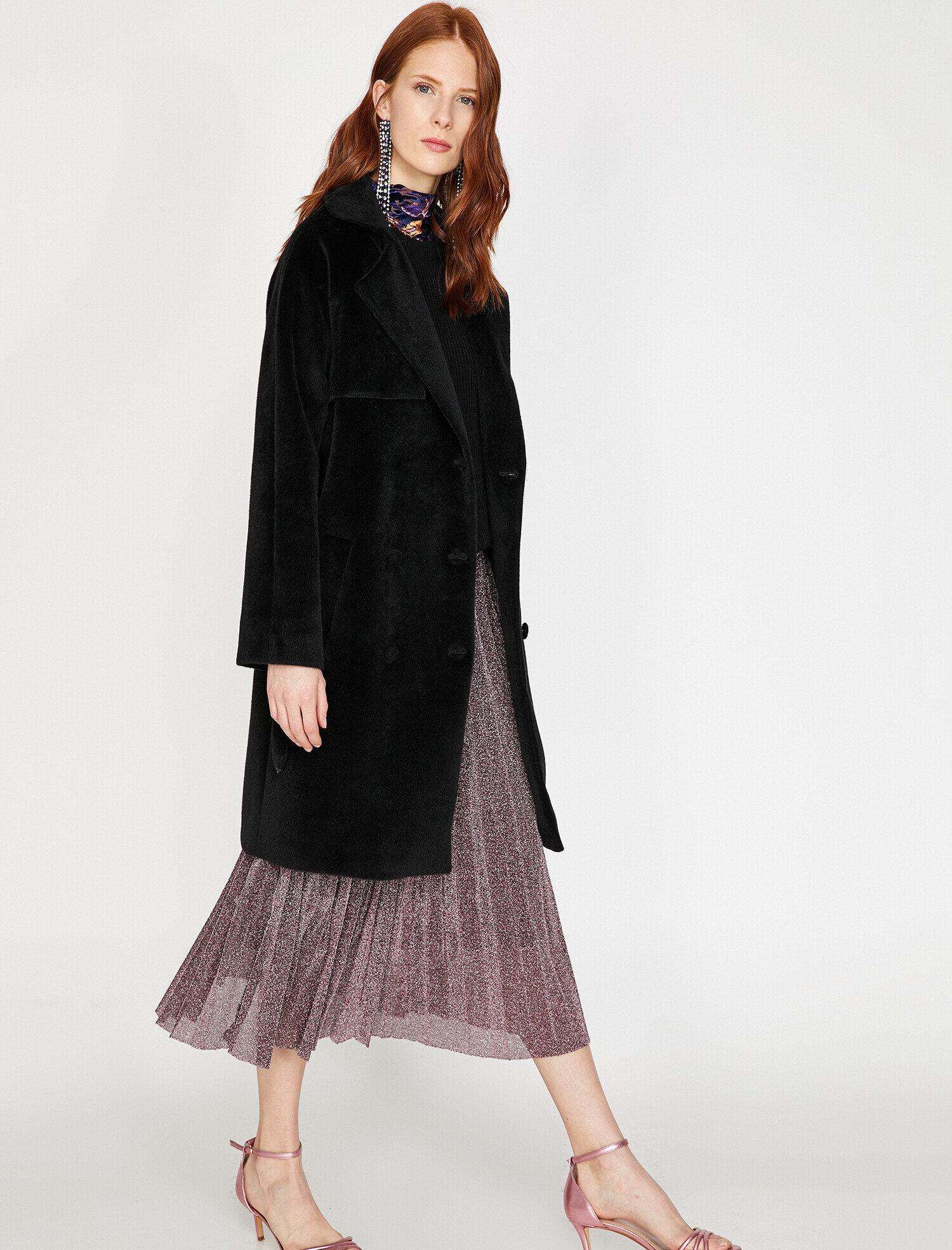 Koton Kadın Klasik Yaka Kaban Siyah Ürün Resmi