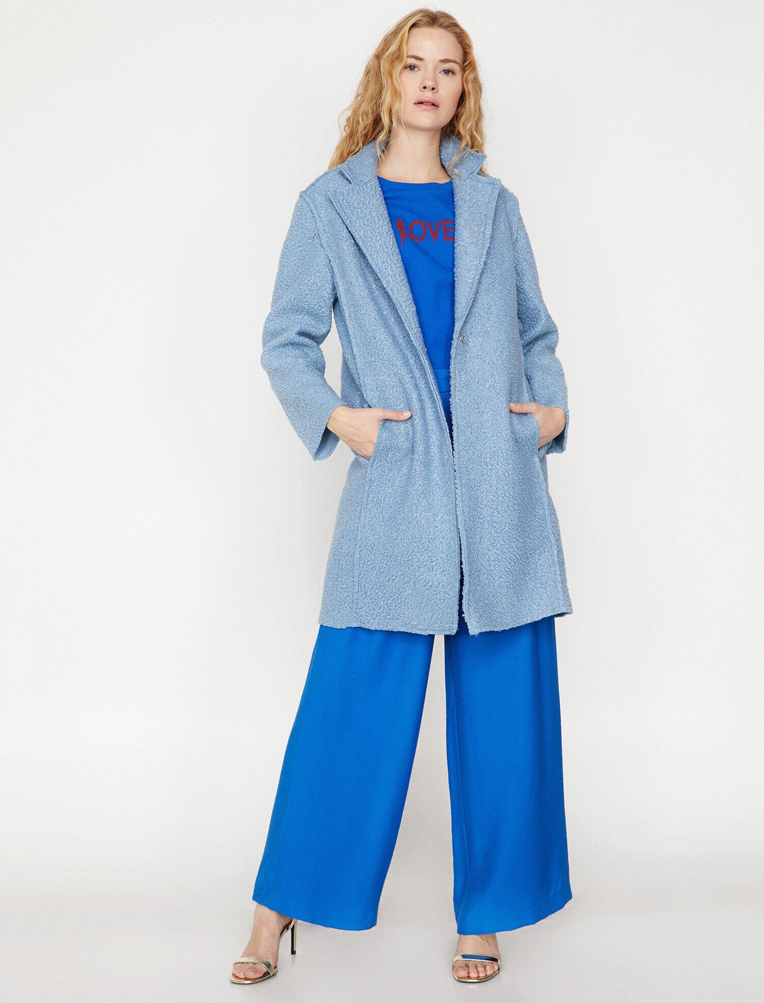 b220e76e80d9d Brand-Store | Kombin önerisi: mavi kaşe kaban