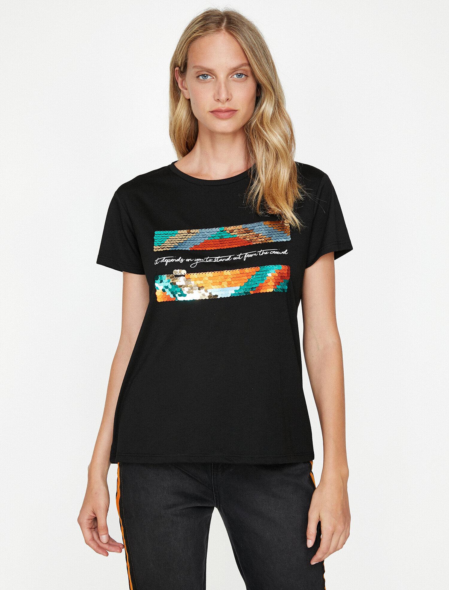 Koton Kadın Pul Detayli T-Shirt Siyah Ürün Resmi