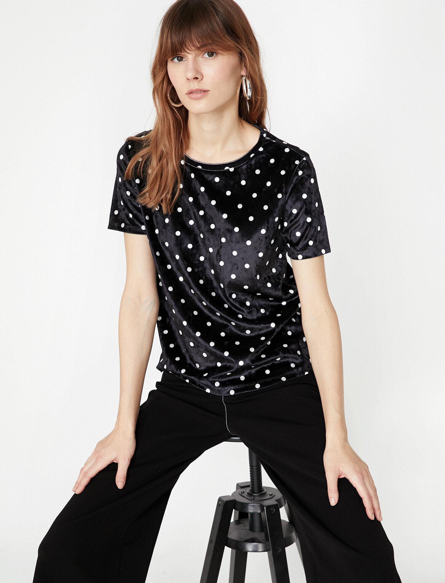 Koton Kadın Puantiyeli T-Shirt Siyah Ürün Resmi