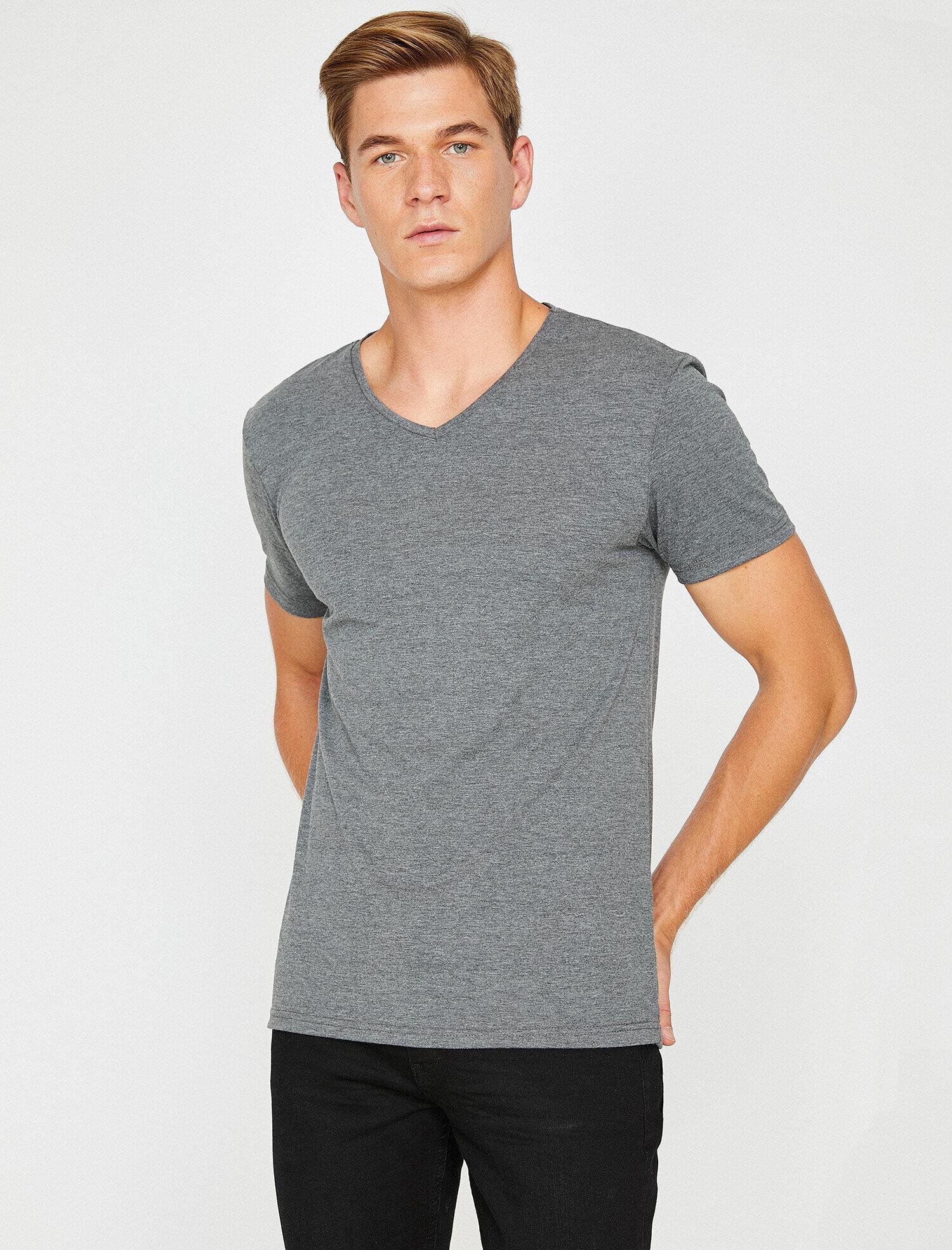 Koton Erkek V Yaka T-Shirt Gri Ürün Resmi