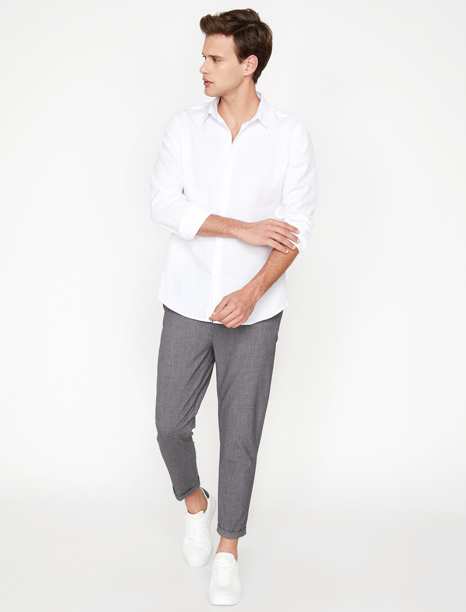 Koton Erkek Klasik Yaka Gömlek Beyaz Ürün Resmi